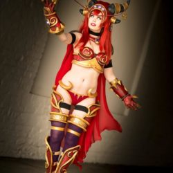 alexstrasza_cosplay_world_of_warcraft_by_tinemarieriis_d95r19n-fullview