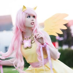 fluttershy_cosplay___my_little_pony_by_tinemarieriis_d7pzbf3-pre
